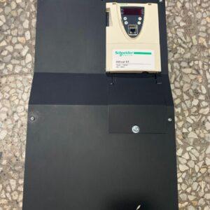 درایو سه فاز اشنایدر مدل ATV61